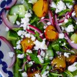 Салат из рукколы и персиков yuliyas.com